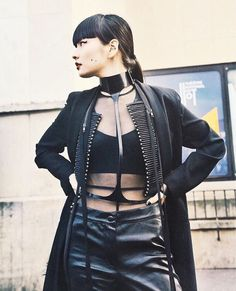 Japanese model Kozue Akimoto was born in She is the daughter of Fuji, the most famous sumo wrestler in Japan. Japanese model Kozue Akimoto was born in 198 Dark Fashion, Gothic Fashion, Asian Fashion, Fashion Beauty, Grunge Goth, Fashion Models, Fashion Outfits, Womens Fashion, Looks Style