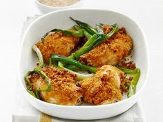 Please the whole family with these quick and easy weeknight dinner recipes from Food Network chefs. Best Baked Chicken Recipe, Easy Chicken Dinner Recipes, Healthy Dinner Recipes, Easy Meals, Healthy Chicken, Easy Recipes, Vegan Recipes, Cooking Recipes, Chicken Recipes Food Network