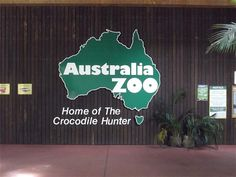 Australia zoo. How many of us have stood in this same spot to have our photo taken!