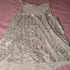 White Forever 21 tank top White and silver sequin tank top, new and in perfect condition. Forever 21 Tops Tank Tops