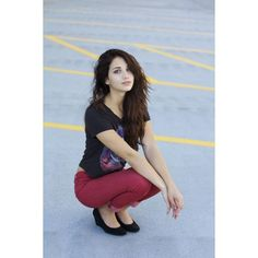 Emily Rudd Humans ❤ liked on Polyvore featuring emily rudd, people and pictures
