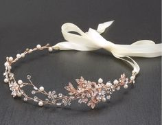 bridal headpieces Hand-painted metallic leaves, Swarovski crystal flowers and freshwater pearls are entwined with wire creating a breathtaking rose gold bridal headpiece. The flexibl Cute Jewelry, Hair Jewelry, Fashion Jewelry, Gold Jewelry, Rose Gold Bridal Jewelry, Craft Jewelry, Rose Gold Headband, Wire Jewellery, Crown Headband