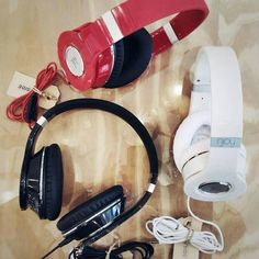 Headphones from Njoy, stylish colours...