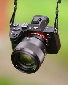 Best DSLR for beginners 10 cheap DSLRs perfect for new users Best Photo Background, Studio Background Images, Blue Background Images, Sony Camera, Camera Case, Camera Gear, Shooting Camera, Best Camera For Photography, Dslr Photography