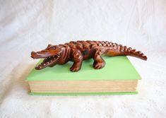 Carved Wood Alligator / Crocodile Sculpture, Vintage Wooden Carving