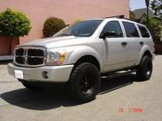 Dodge Durango with ReadyLIFT leveling kit