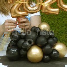 Balloon Arch Diy, Balloon Crafts, Birthday Balloon Decorations, Balloon Gift, Balloon Bouquet, Balloon Garland, Diy Wedding Decorations, Birthday Balloons, Balloon Columns