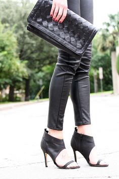 Fall Outfit black faux leather skinny pants