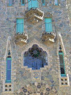 Barcelona. La Torre Bellesguard , Bellesguard 20 - Architecte Antoni Gaudí