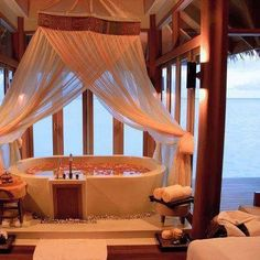 Romantic Tub