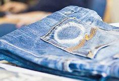 Ausgewaschene Nudie-Röhrenjeans. Hier entdecken und kaufen: http://www.sturbock.me/