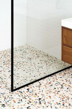 HÛT re-crafts a characterful London townhouse in terrazzo and Petersen brick- . HÛT re-crafts a ch London Townhouse, Georgian Townhouse, Georgian House, Terrazo Flooring, Houses Architecture, Architecture Office, Terrazzo Tile, Roof Light, Bathroom Floor Tiles