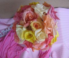 Make a bunch of Pretty Coffee Filter Roses this Valentine's Day as a gift for your sweetie or just for a pretty decoration for your home! Besides being thrifty, flower coffee filter crafts are great because they last much longer than live roses! Coffee Filter Roses, Coffee Filter Art, Coffee Filter Crafts, Coffee Filters, Coffee Crafts, Handmade Flowers, Diy Flowers, Paper Flowers, Tissue Flowers
