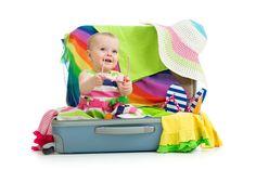 10 Conseils pour partir en vacances sereinement avec bébé
