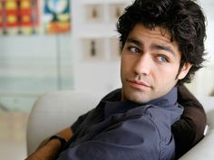 Adrian Grenier. There is just something about him...
