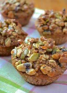 Muffins that look good Desserts With Biscuits, No Cook Desserts, Cookie Desserts, Easy Vanilla Cake Recipe, Easy Cake Recipes, Sweet Recipes, Healthy Food Alternatives, Healthy Muffins, Healthy Sweets