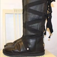 Ugg Australia Collection Ltd Black Leather Boot 8m