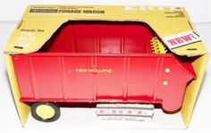 MINT-IN-BOX-OLD-STORE-STOCK-60S-70S-ERTL-SPERRY-RAND-NEW-HOLLAND-FORAGE-WAGON