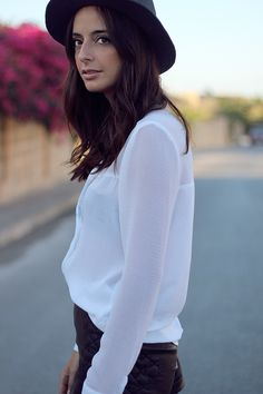bohemian, boho, look, street style, malta, white shirt outfit