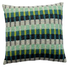 Ravelry: Tante Sofie pattern by Hanne Larsen Strik Knitted Cushions, Knitted Afghans, Knitted Blankets, Fair Isle Knitting Patterns, Knitting Designs, Knit Patterns, Swedish Weaving Patterns, Knit Pillow, Needlepoint Pillows