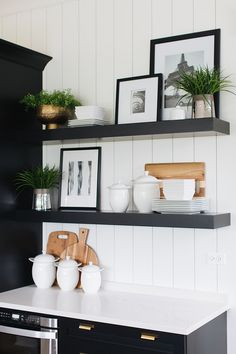 4 Gifted Tips: Floating Shelf Living Room Plants small floating shelves offices.Rustic Floating Shelves Above Couch floating shelf styling tv walls.Floating Shelves Bathroom With Rope. White Interior Design, Diy Interior, Kitchen Interior, New Kitchen, Kitchen Design, Kitchen Sink, Kitchen Wood, Kitchen Corner, Interior Colors