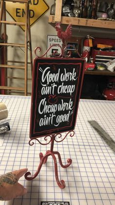 Pinstriping, Hand Painted Signs, Painting Patterns, Chalkboard Quotes, Art Quotes, Lettering, Videos, House, Calligraphy