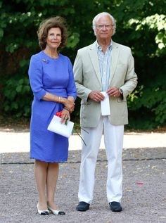 Queen Silvia of Sweden opted for a lovely lavender dress, paired with a pair of cream and black shoes with a slight heel. While King Carl Gustaf of Sweden donned a pair of white trousers with a cream jacket during a family party celebration at Solliden Palace.