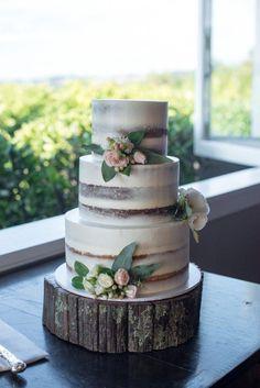Indescribable Your Wedding Cakes Ideas. Exhilarating Your Wedding Cakes Ideas. Floral Wedding Cakes, Wedding Cake Rustic, Rustic Cake, Wedding Cakes With Flowers, Wedding Cake Designs, Wedding Cake Vintage, Woodsy Cake, Wedding Cake Decorations, Wedding Desserts