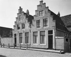 Vijver 2-4, Harlingen. Op nr 4 woonde Tjerk Hiddes de Vries van februari 1654 tot april 1666.