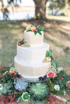 Festive cake: http://www.stylemepretty.com/south-carolina-weddings/charleston/2015/05/07/let-love-grow-wedding-inspiration/ | Photography: Rachel Wells - http://rachelwellsphotography.com/
