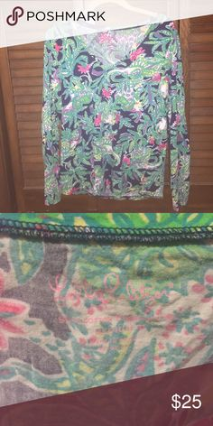 Lilly Pulitzer Janice top in Trunk Show sz M Pick up this top while you still can! Trunk show is such a darling print! Only worn a couple of times :) Lilly Pulitzer Tops Tees - Long Sleeve