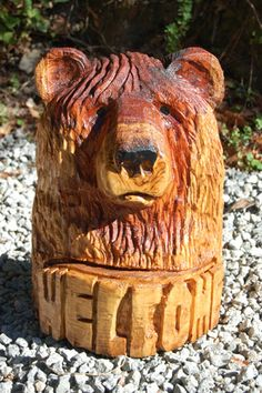 Welcome Bear - Small - Redwood Simple Wood Carving, Wood Carving Art, Wood Art, Wall Wood, Wood Carvings, Wooden Projects, Wood Crafts, Wood Sculpture, Sculptures