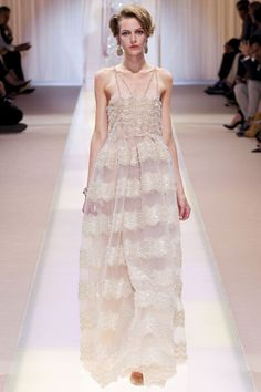 Le défilé Armani Privé haute couture automne-hiver 2013-2014