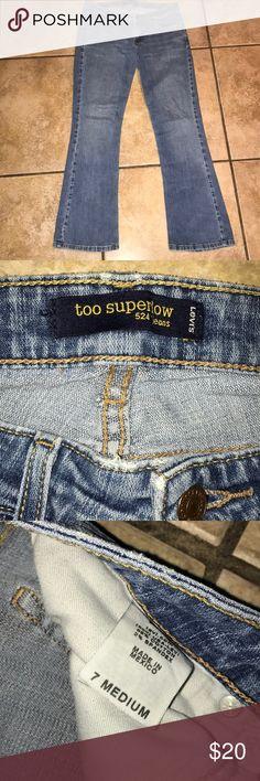 Levi's Superlow 524 Jeans EUC Size 7 Levi's Superlow 524 Jeans EUC Size 7 Inseam approx 29.5 inches Levi's Jeans