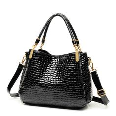 42.50$  Buy now - http://alivzb.worldwells.pw/go.php?t=32754418035 - 245 Luxury brand charm women lady crocodile bags portable Xiekua package group