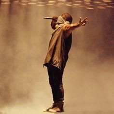 We Love Kanye West (welovekanyewest: Kanye West killing it)