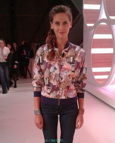 J'ai découvert sur Fashion Marker ce produit : Vêtements Blouson imprimé  de la marque AS I AM PARIS, porté par Ophélie Meunier