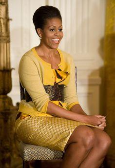 Barrack And Michelle, Michelle And Barack Obama, Black Presidents, American Presidents, Barack Obama Family, Michelle Obama Fashion, Best Cardigans, American First Ladies, First Black President