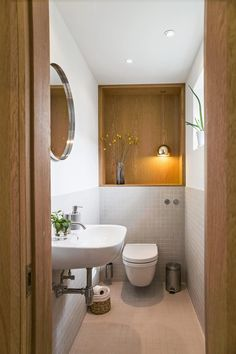 5 Bathroom Remodeling hacks to save you money Zen Bathroom, Budget Bathroom, Modern Bathroom Design, Bathroom Interior Design, Small Bathroom, Bathroom Designs, Bathroom Heater, Bathroom Mirrors, Master Bathroom