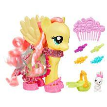 """My Little Pony Fashion Style Pony - Fluttershy - Hasbro - Toys """"R"""" Us My Little Pony Fotos, All My Little Pony, Hasbro My Little Pony, My Little Pony Pictures, My Little Pony Friendship, Fluttershy, Mlp, My Little Pony Collection, Imagination Toys"""