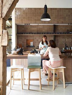 Ingrid stool, design Luc Vincent