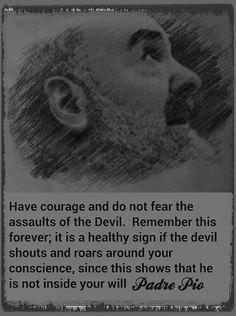 St Padre Pio intercede por nosotros!