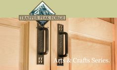 Craftsman Hardware Mustard Walls, Art And Craft Design, Craftsman Bungalows, House Decorations, Decor Interior Design, Door Handles, Home Goods, Arts And Crafts, Hardware