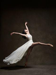 """everlytrue: """" [NYC Dance Project] """". #Ballet_beautie #sur_les_pointes * Ballet_beautie, sur_les_pointes *"""