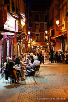 Calles de la Maravilla Madrid, Spain. This is how I experienced the  evenings while I was there, relax with a cold beer and watch the people go by. WOW !! It really doesn't get much better in life !