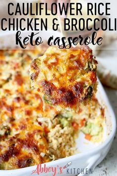 This Cauliflower Rice Chicken and Broccoli Casserole is a perfect baby and toddler friendly family dinner that also is naturally low in carbs, high in fiber and keto-friendly. dinner keto Cauliflower Rice Chicken and Broccoli Casserole - Abbey's Kitchen Chicken Cauliflower Casserole, Chicken Broccoli Casserole Healthy, Healthy Cauliflower Recipes, Low Carb Chicken Casserole, Frozen Cauliflower Rice, Riced Cauliflower, Comida Keto, Low Calorie Dinners, Low Calorie Chicken Recipes