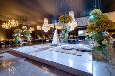 Mesa de doces suspensa Decoração de Casamento Glamourosa By Alessandro Gemus Amarelo Preto azul tiffany