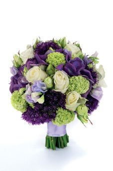 Bouquet of 'Avalanche' and spray roses, sweet peas, hydrangeas, guelder rose and alliums by Hayford & Rhodes