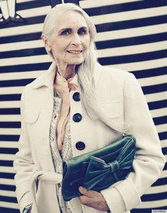 daphne - the world's oldest model supermodel, 85 year old Daphne Selfe