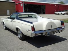 Just a car guy : 1971 Lincoln Continental Farm and Ranch special, some exec thought Lincoln owners needed a truck 30 years before the 2001 Blackwood